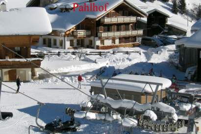 pahlhof-winter.jpg